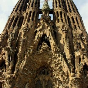 Barcelona, Spain Part 3: Sagrada Familia, Park Güell, Tramvia Blau- Tibidabo & Paella