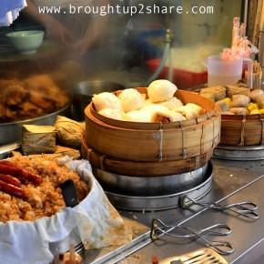 HK Eats: Hui Lau Shan Healthy Dessert 许留山 , Mongkok Street Snacks @ Dundas Street  登打士街